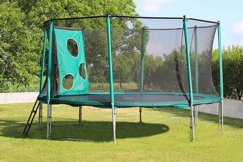 toys-r-us-trampoline_1.jpg